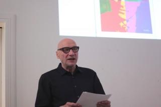 """Vorstellung von """"Some Book"""" mit einer Lesung von Michael Schirner, Berlin 2013, Foto: Tom Zander"""